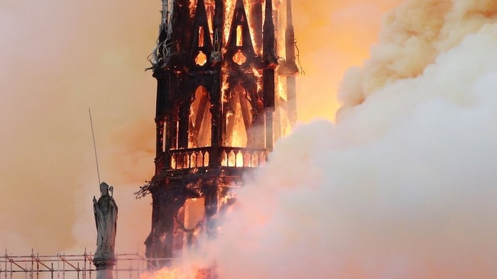 Notre-Dame fire: Images of the blaze at Paris icon