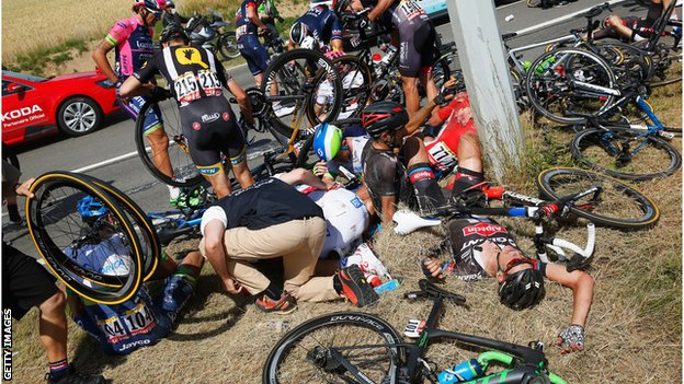 Bike Sport Crash Tour de France crash July