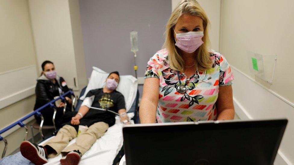 Pacientes en Escondido, California