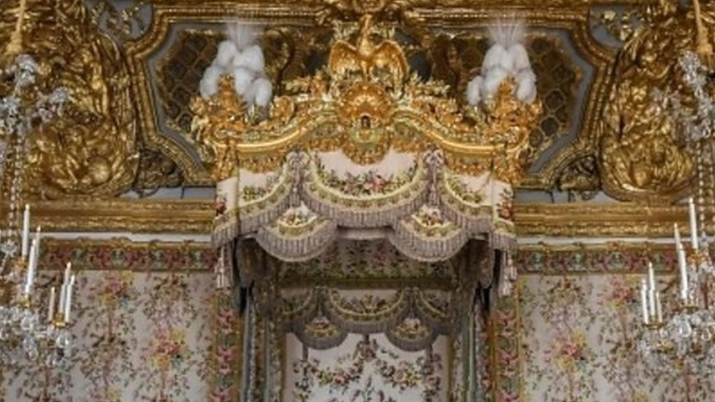 1ac57a5f268f21 Marie Antoinette s Versailles apartments on display - After three years of  renovation
