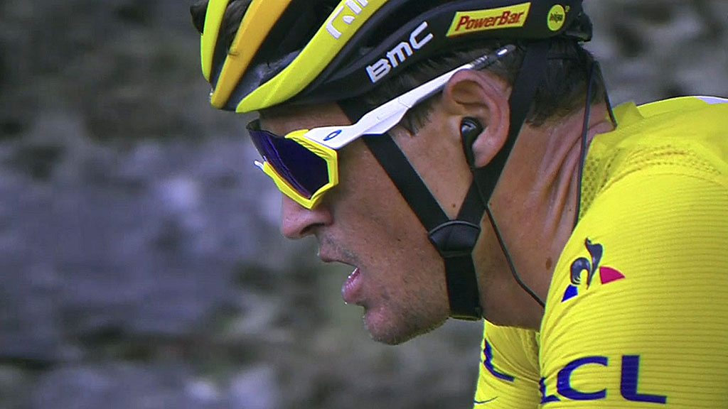 The tech helping drive the Tour de France