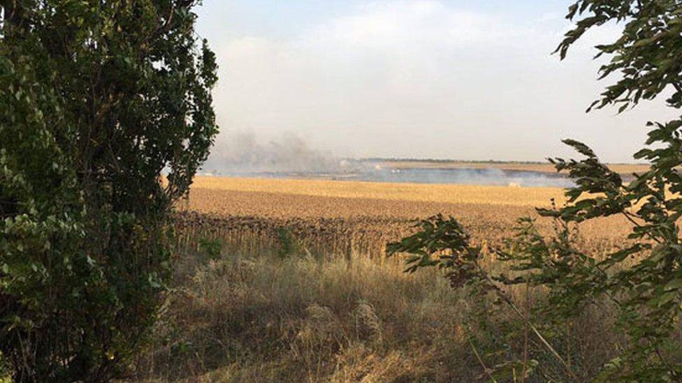 В Донецкой области горит склад боеприпасов