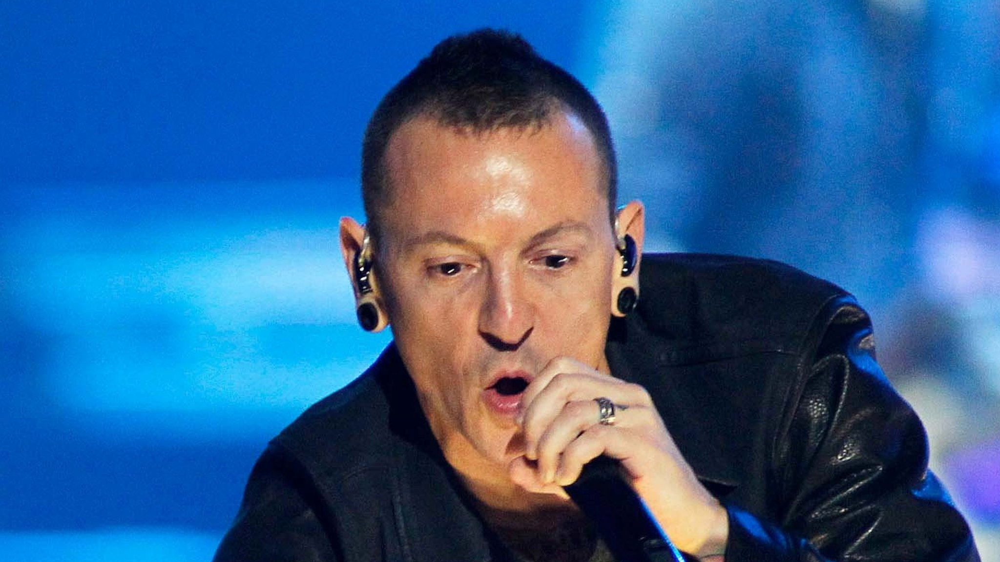 Chester Bennington: Linkin Park vocalist 'took his own life'