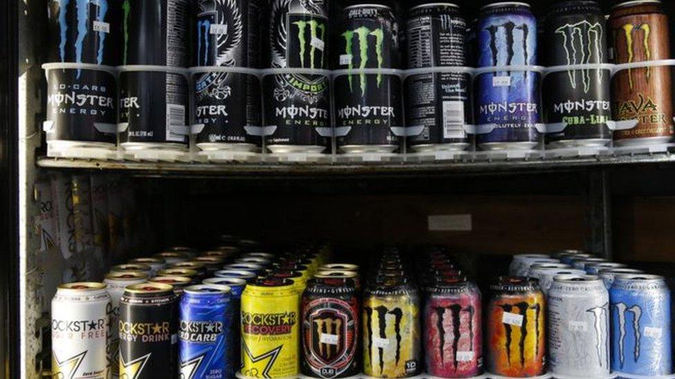 Desde hace años estudios han advertidos sobre los efectos nocivos del consumo excesivo de las bebidas energetizantes.