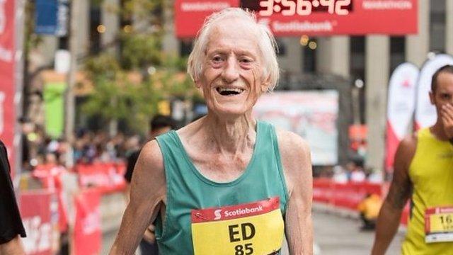 Ed Whitlock: The 85-year-old marathon record breaker