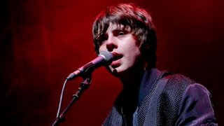 BBC - Newsbeat - Jake Bugg: It's time to stop the fun and work harder