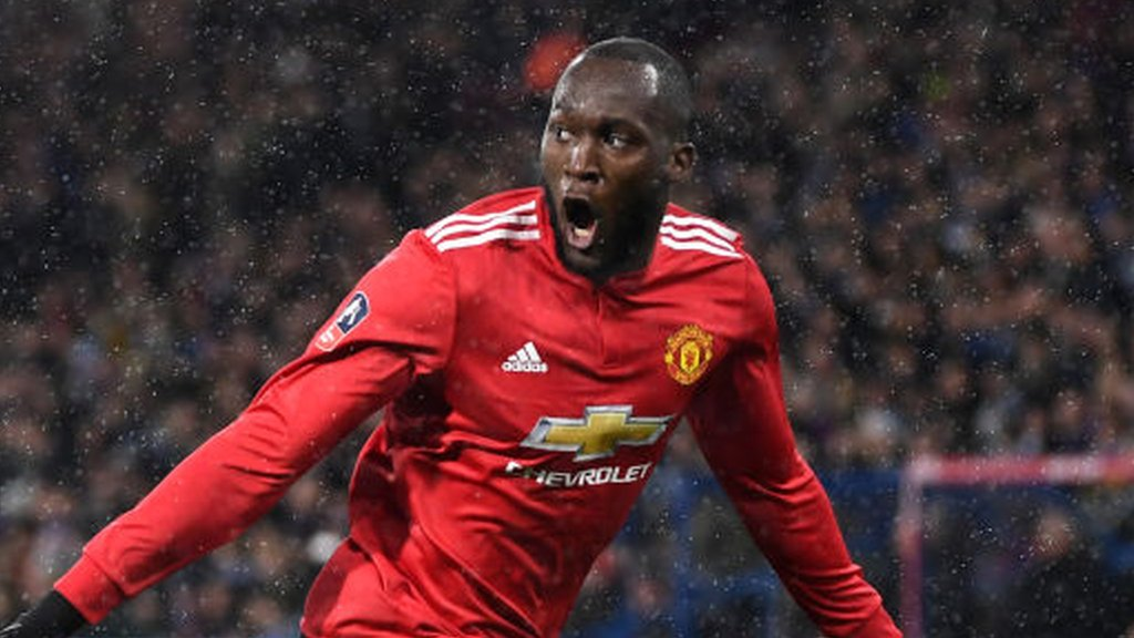 Lukaku scores twice as Man Utd beat Huddersfield - highlights & report