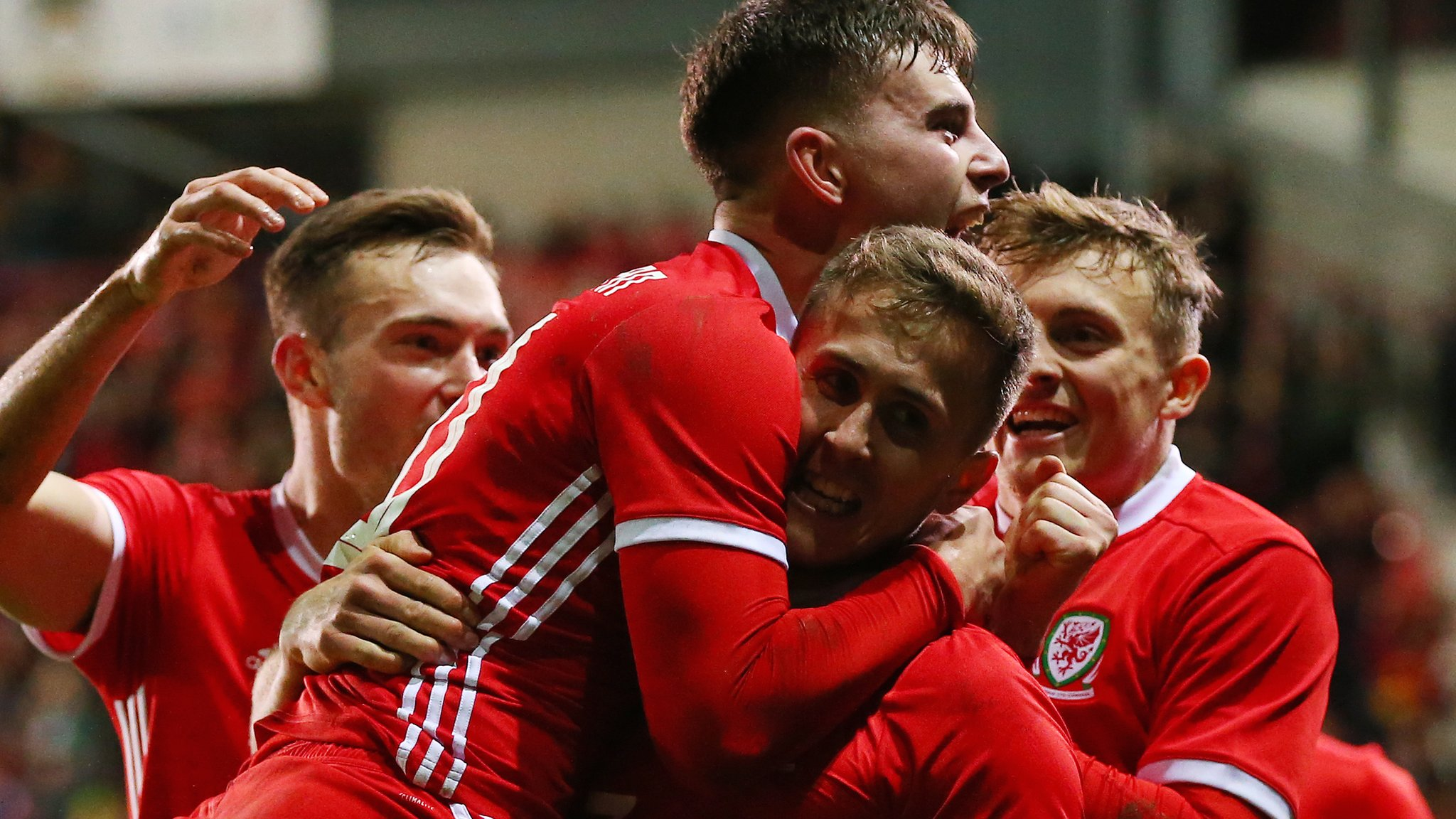 Wales 1-0 Trinidad and Tobago: Ben Woodburn scores injury-time winner