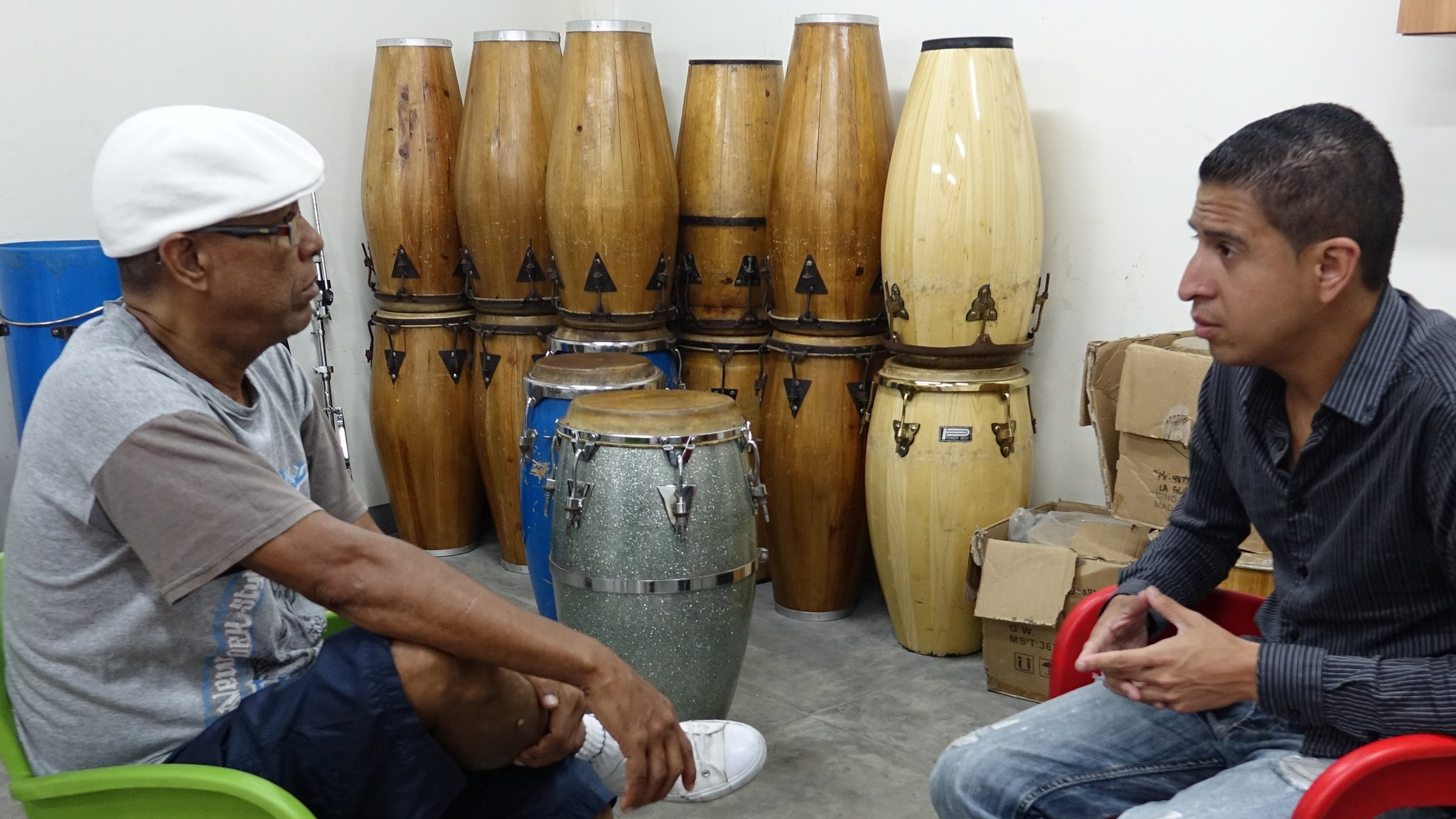 Crossing Divides: When Chavistas and 'Escuálidos' bang the drums of peace