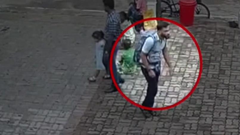 Sri Lanka attacks: CCTV shows suspected Sri Lanka church bomber