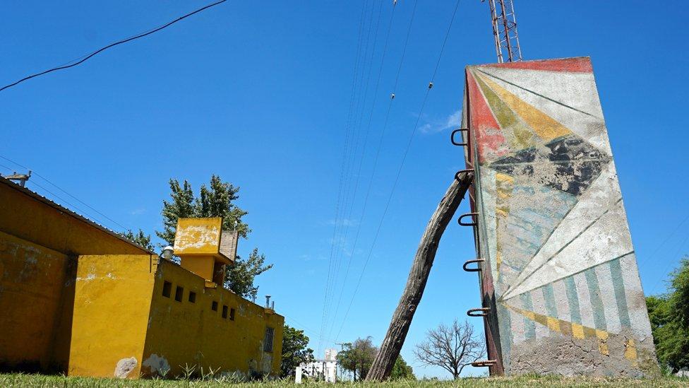 Antena de la radio local