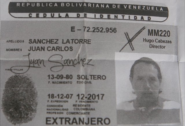 Documento de identidad de Juan Carlos Sánchez (Foto: Diario Versión Final)