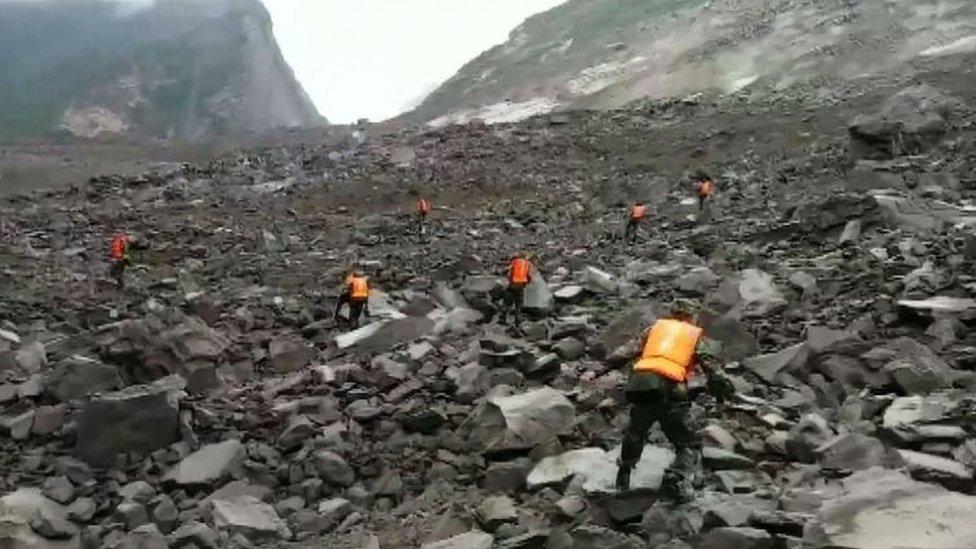 Trung Quốc: 140 người mất tích vì đất lở