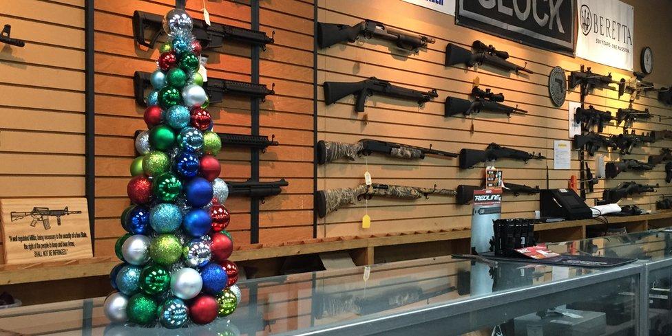 El mercado de armas tiene al final de cada año su mejor momento de ventas en Estados Unidos.