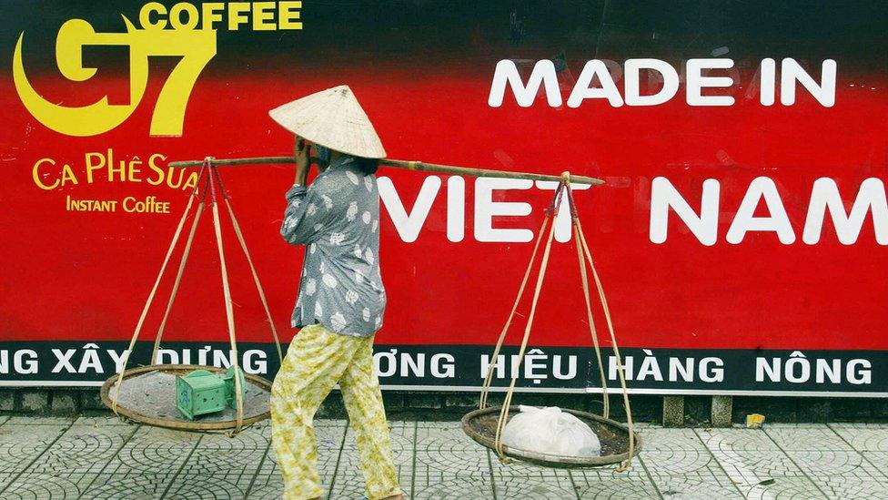 Anuncio de café instantáneo vietnamita
