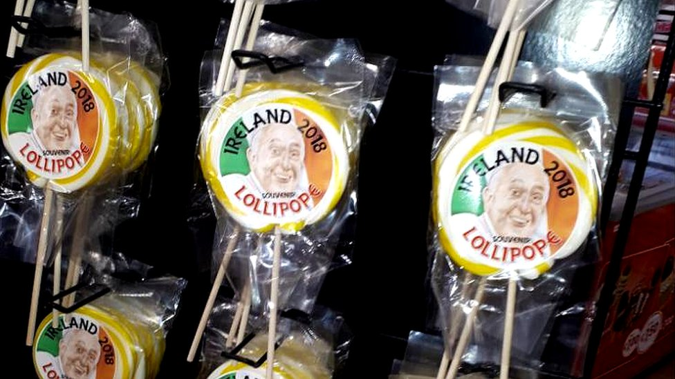 Pope in Ireland: From 'lollipopes' to bunting