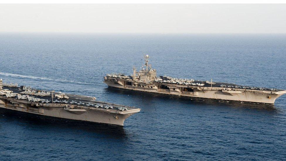 حاملتا طائرات أمريكيتان