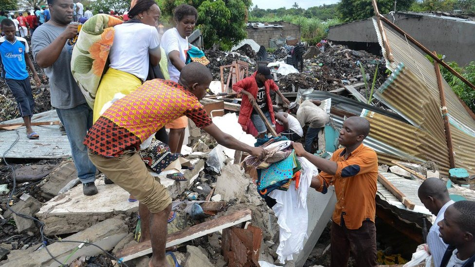 Mozambique rubbish dump collapse kills at least 17 people