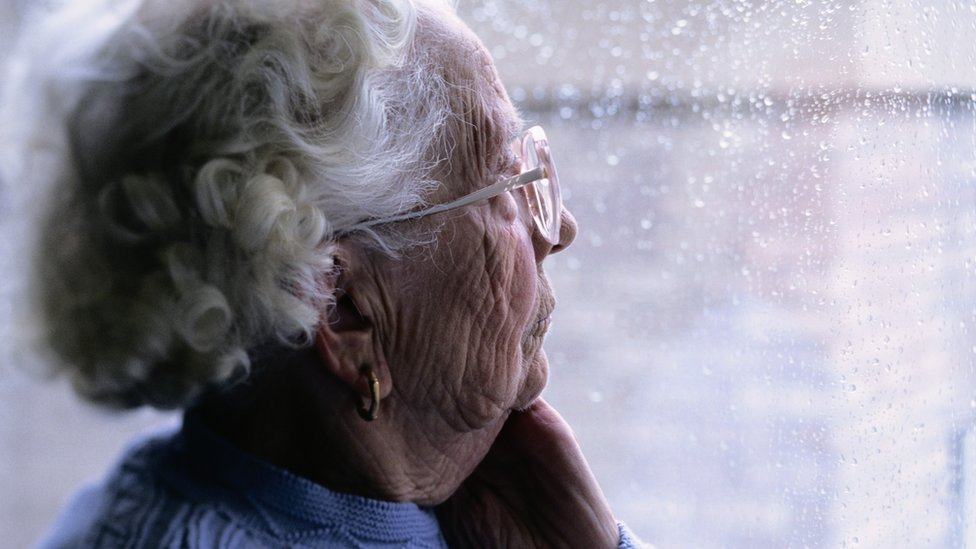 Frail, elderly people 'left to struggle alone'