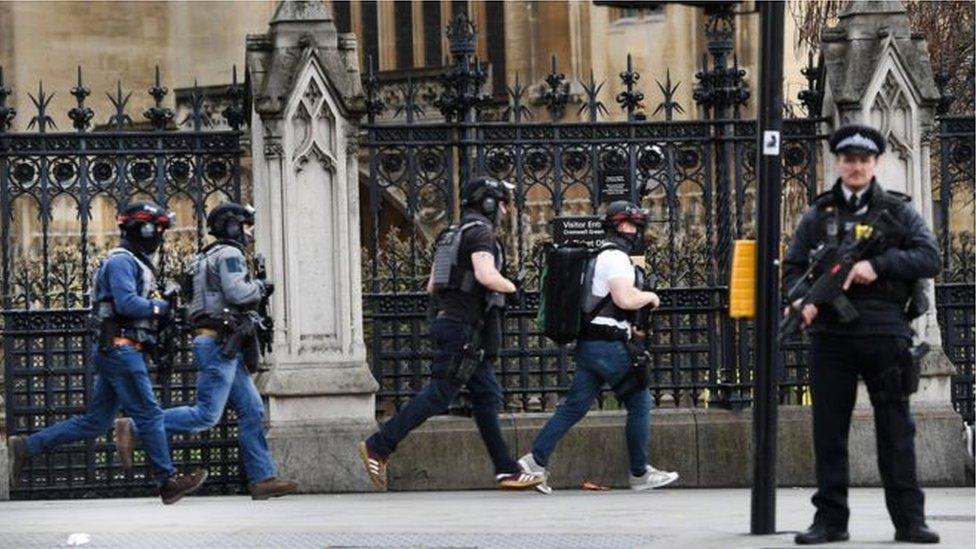 95275887  95271611 armed police epa