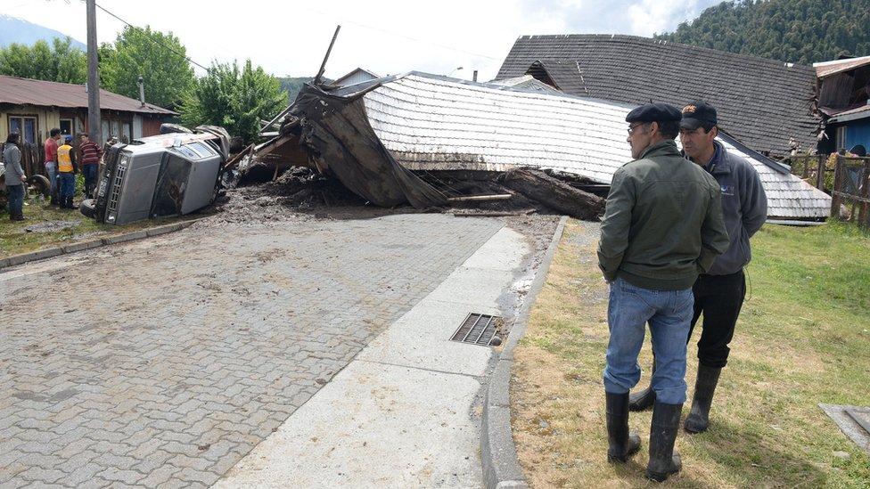 Decenas de casas quedaron destruidas tras el deslizamiento de tierra.