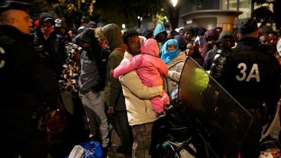كانت السلطات قد أخلت المخيم في سبتمبر/أيلول لكن بعض ساكنيه عادوا