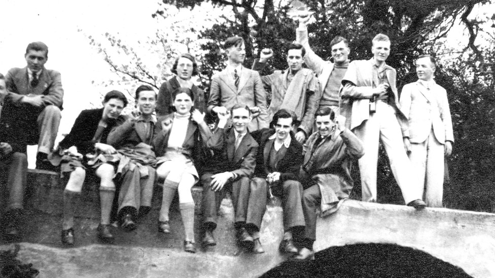 Play Remembers Eight Hull Men Who Fought in Spanish Civil War