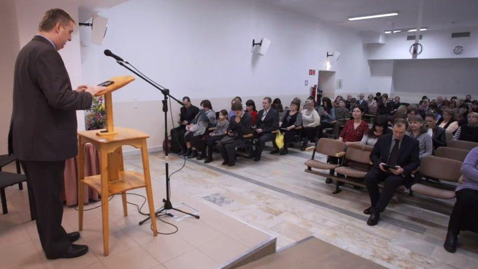 Los Testigos de Jehová de Rusia temen que a partir de ahora se les criminalice.