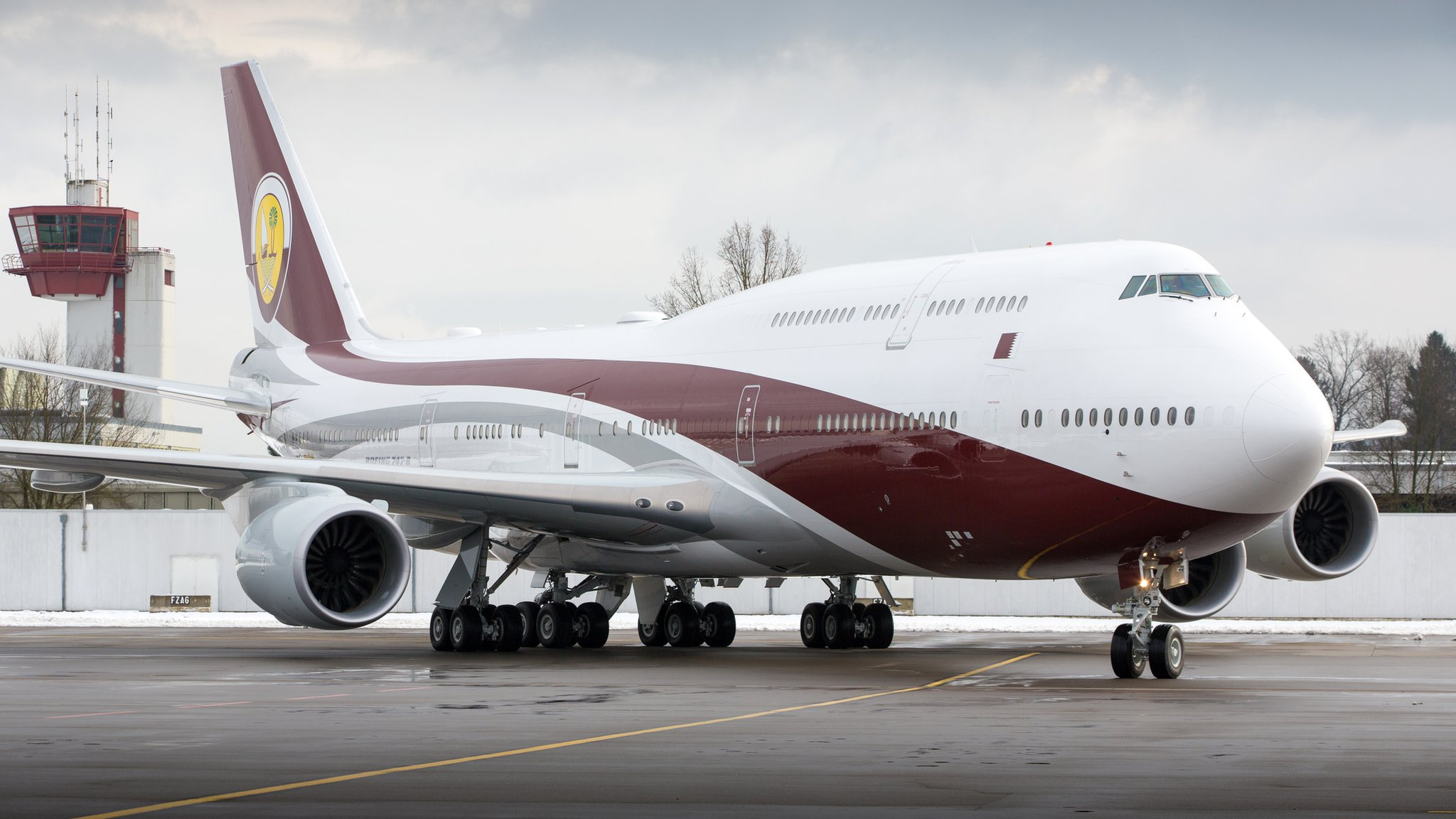 Qatar's emir 'gives Boeing 747 private jet to Turkey'