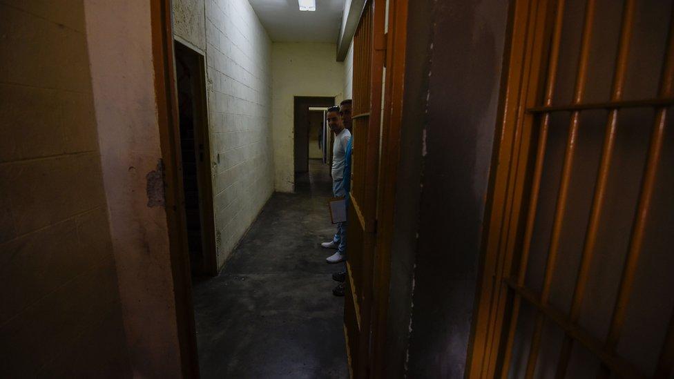 Venezuela 'political prisoners' held hostage in jail riot