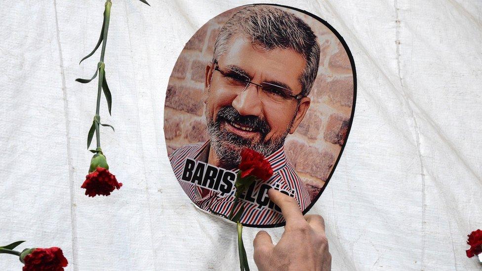 tahir elci davasinda avukatlar reddi hakim talebinde bulundu durusma 3 mart 2021 e ertelendi bbc news turkce