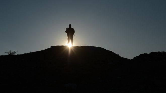 د فاریاب پولیس: طالبانو ۳ پخواني پولیس وروڼه په ډزو وژلي