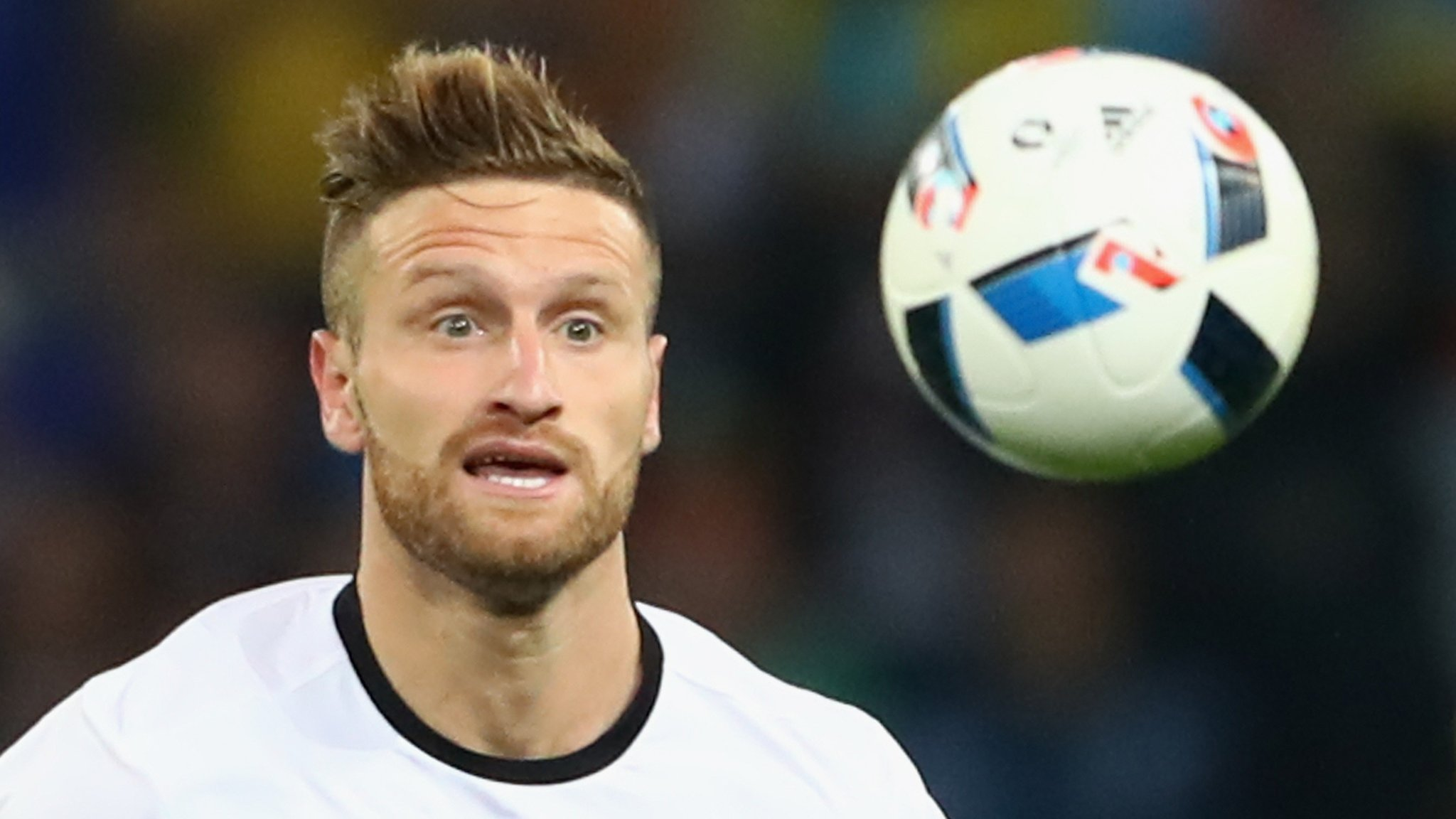 Mustafi & Perez set for Arsenal medicals as £50m-plus double deal nears