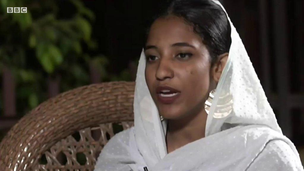 Alaa Salah, la voix des manifestants au Soudan