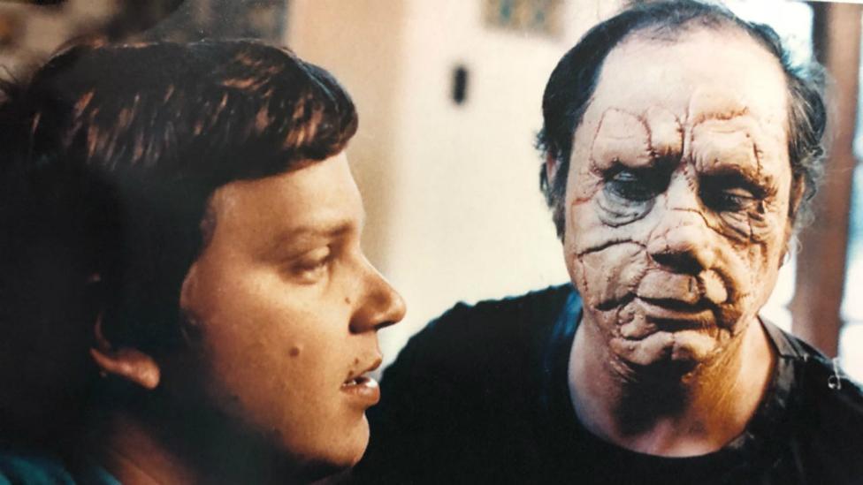 El joven del Toro dirige Cronos (Foto: Imcine)