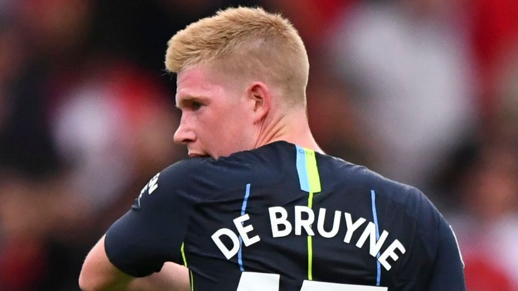 Kevin De Bruyne Man City Midfielder Suffers Knee Injury In Training