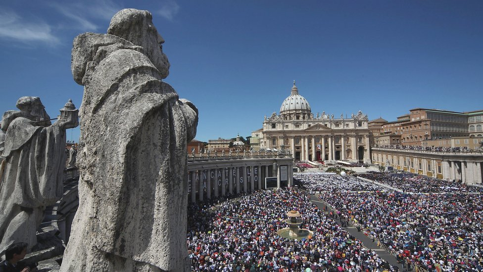 A general view of St. Peter's Square during the John Paul II Beatification Ceremony held by Pope Benedict XVI on May 1, 2011 in Vatican City