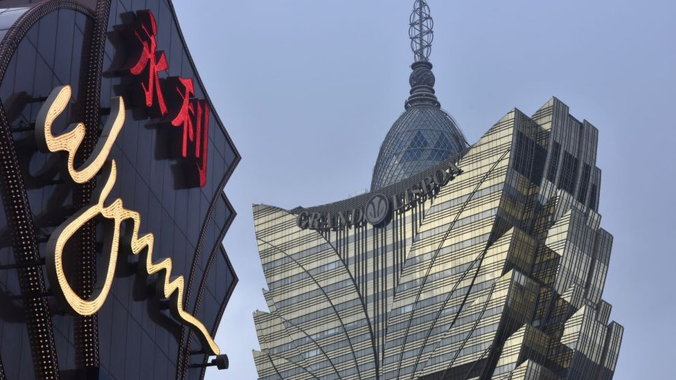 Casino operator Wynn Resorts adds three women to board