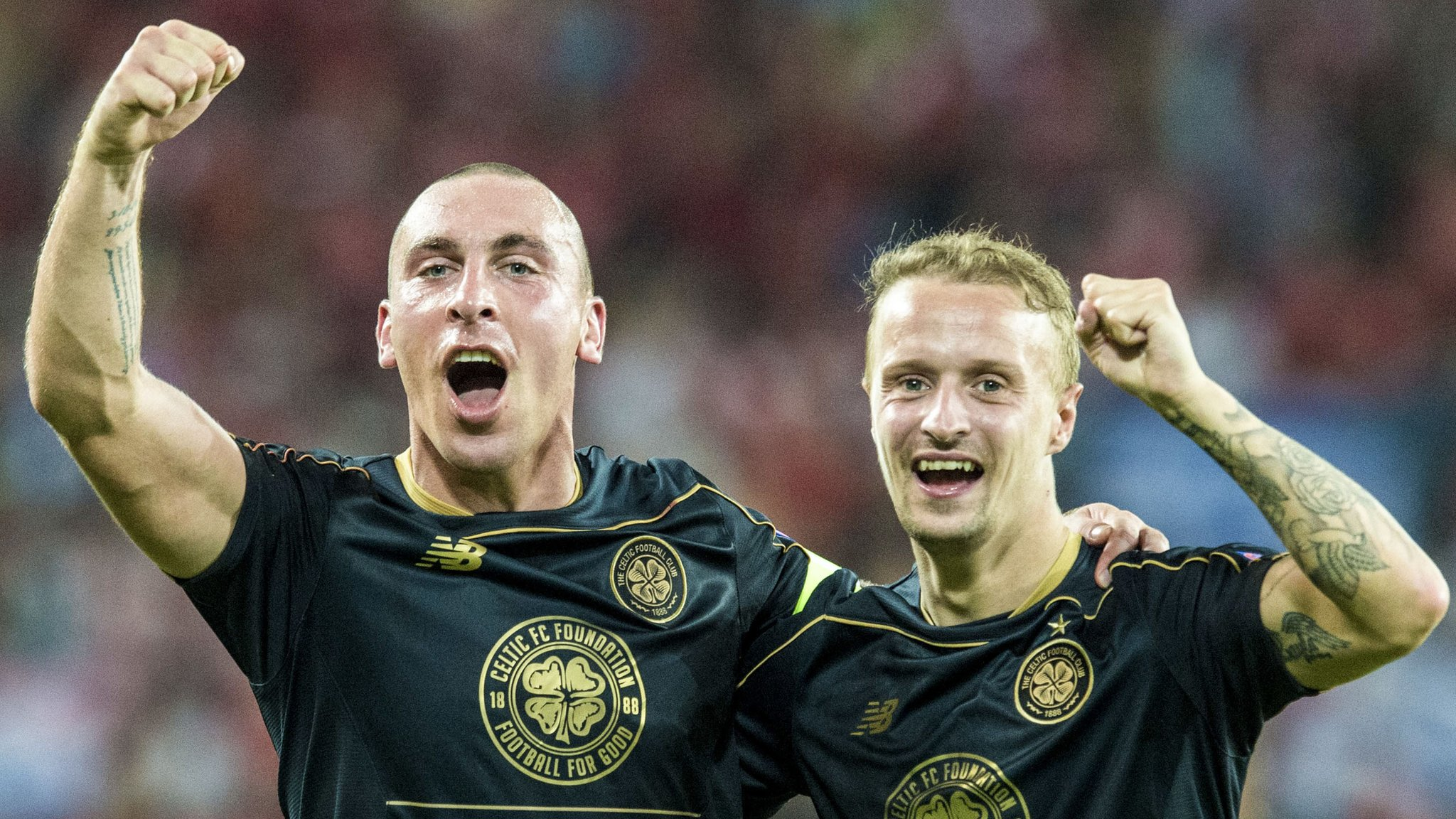 Celtic hang on to reach Champions League