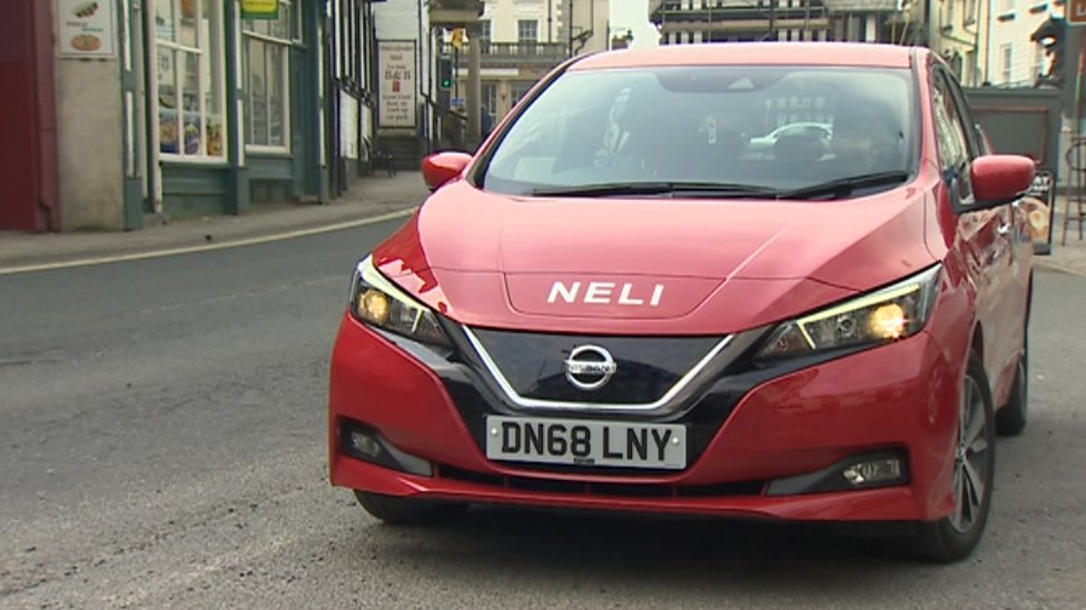 Rise in electric community car schemes in Wales