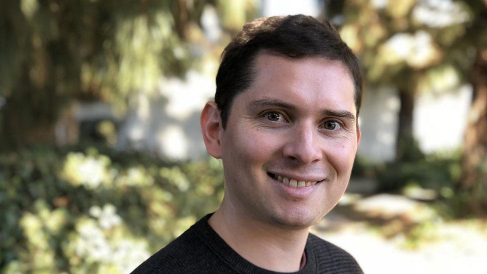 El astrónomo chileno Eduardo Bolaños es el autor principal del estudio sobre el agujero negro supermasivo. Foto: gentileza Eduardo Bolaños