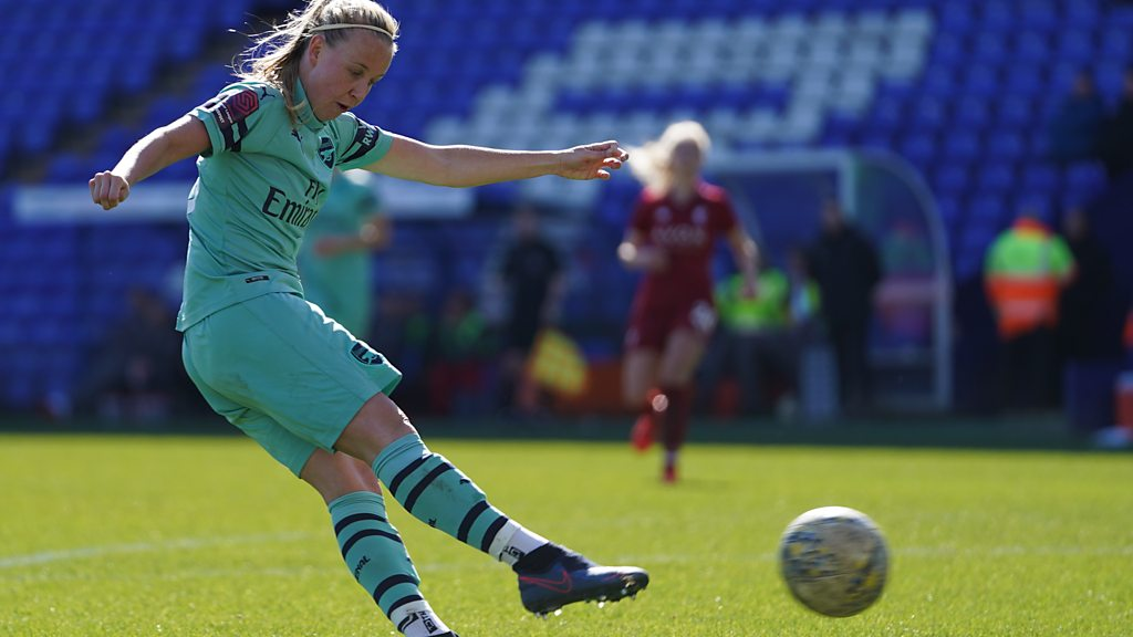 Beth Mead repeats England goal for Arsenal Women against Liverpool Women