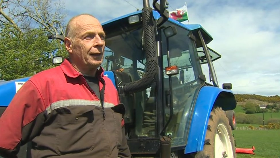 Plough competitor needs to transport his tractor 4,000 miles