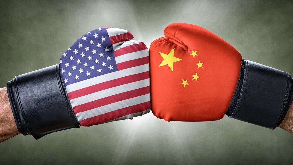 Estados unidos le declara la guerra ah China