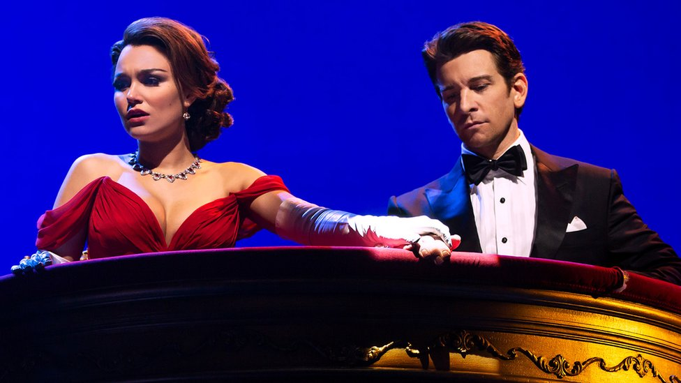 Pretty Woman gets mixed reviews on Broadway   BBC
