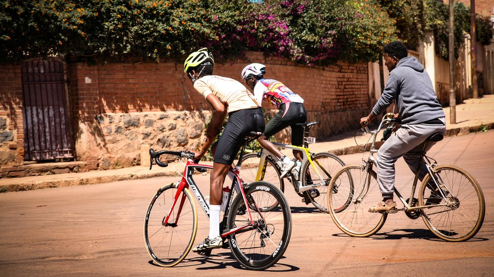 Cycling heaven: The African capital with 'no traffic'
