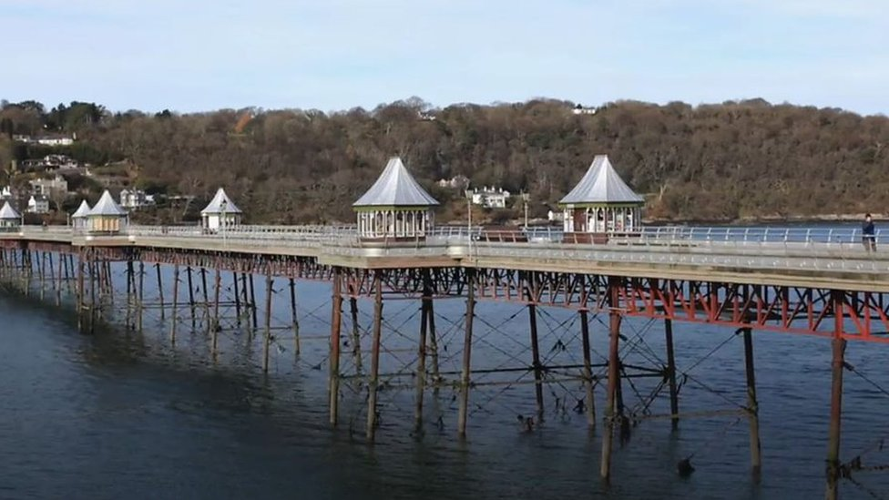 How much does it cost to mend one of Wales' oldest piers?