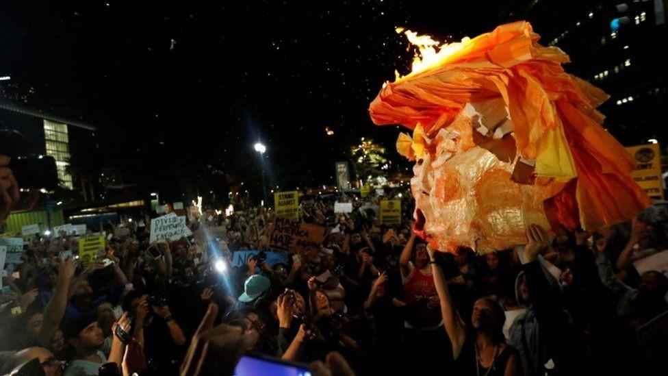 مظاهرات في لوس أنجليس