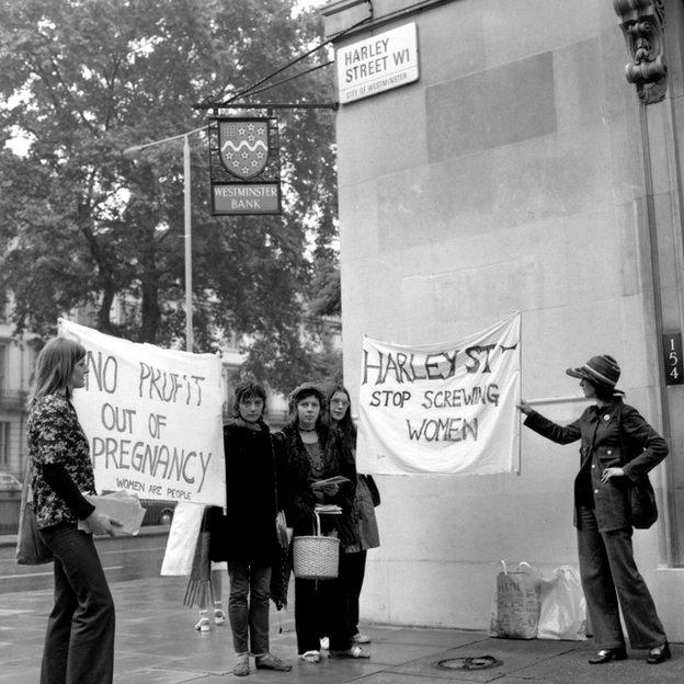 Manifestación en Harley Street.