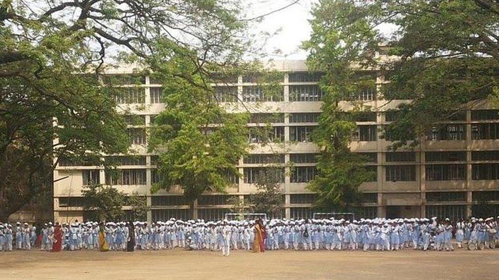 ছাত্রীদের কাউন্সেলিং-এর ব্যবস্থা হবে ভিকারুন্নিসা স্কুলে